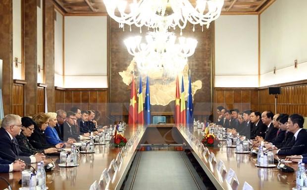 越南与罗马尼亚发表联合声明 hinh anh 2