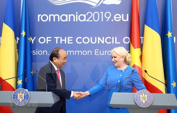 越南与罗马尼亚发表联合声明 hinh anh 1