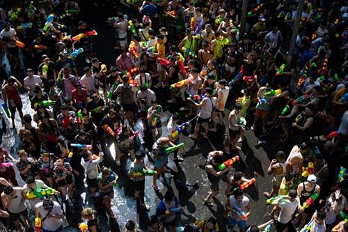 泰国2019泼水节:3068起交通事故致348人死亡 hinh anh 1