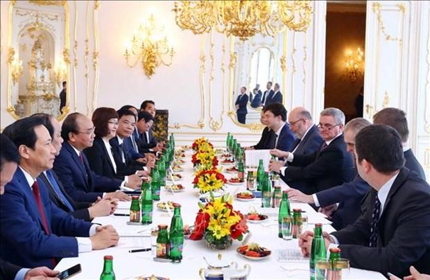 越南与捷克发表联合声明 hinh anh 1