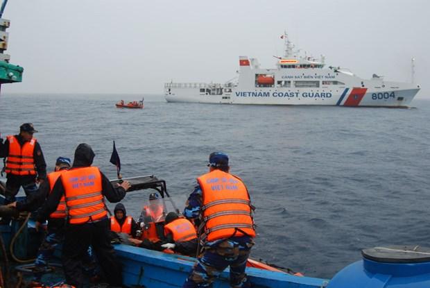 越南海警开展2019年首次北部湾共同渔区海上联合检查行动 hinh anh 1