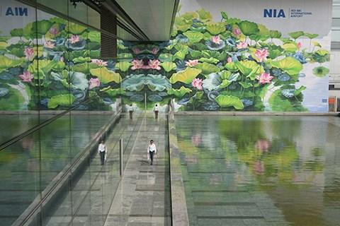 内排国际机场的莲花壁画荣获国际设计奖金牌 hinh anh 1