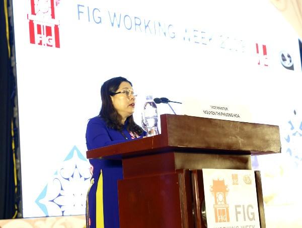 越南首次举办国际测量师协会2019年工作周会议 hinh anh 1
