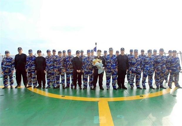 越中两国海警开展北部湾共同渔区渔业海上联合检查 hinh anh 3
