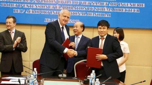 越南航空局与法国巴黎机场公司合作研究提升内排机场吞吐量 hinh anh 1