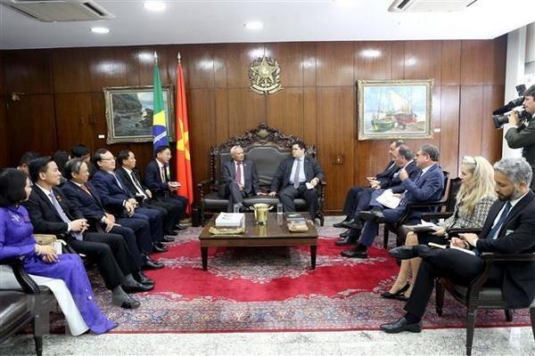越巴两国加强立法领域的合作 hinh anh 1