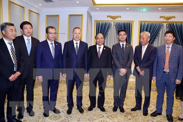 越南政府总理阮春福会见中国领先企业代表 hinh anh 2