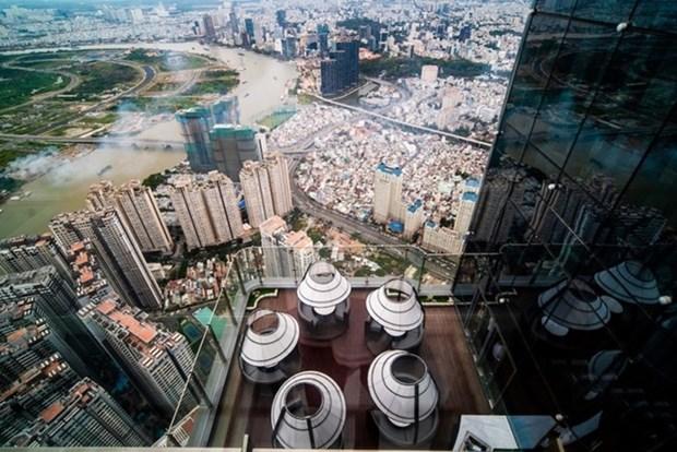 Vingroup五星级酒店和东南亚最高观测塔正式投入运行 hinh anh 2