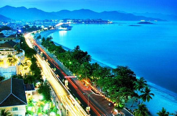 """""""芽庄—海洋之色""""的第九届庆和省芽庄海洋节举行在即 hinh anh 1"""