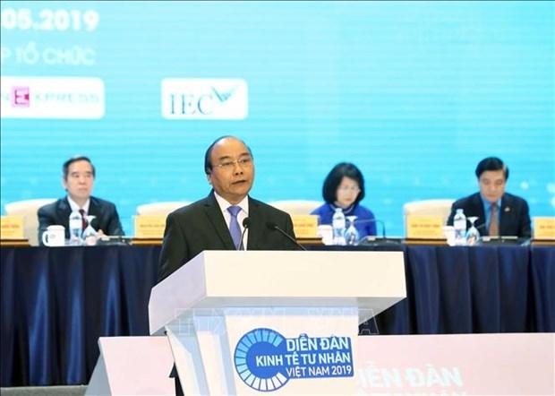 阮春福总理:为私营经济不断发展壮大创造便利条件 hinh anh 1
