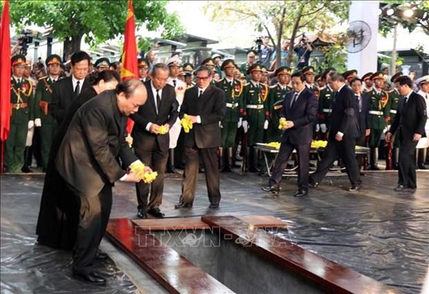 各国领导人就原越南国家主席黎德英逝世向越南党、国家、政府、人民和黎德英家属致唁电、慰问信 hinh anh 1