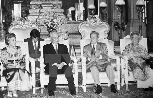柬埔寨和美国多家媒体报道了原越南国家主席黎德英生平及其所做出的贡献 hinh anh 1