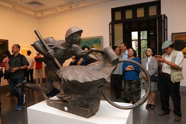 越南多地举行活动庆祝奠边府战役胜利65周年 hinh anh 1