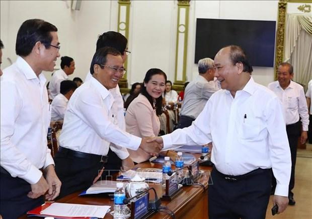 政府总理阮春福:南部经济区基础设施互联互通是一个亟待解决的重大问题 hinh anh 1