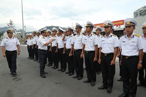"""越南海军016""""光忠""""号导弹护卫舰参加ADMM+演习和2019年亚洲国际海事防务展 hinh anh 1"""
