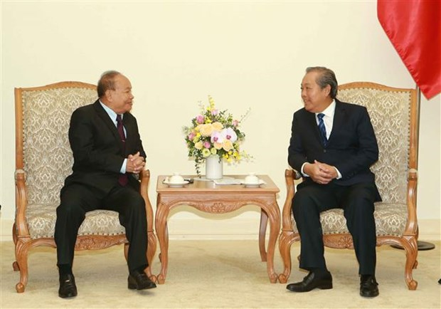 越南政府副总理张和平会见柬埔寨宗教部部长 hinh anh 1