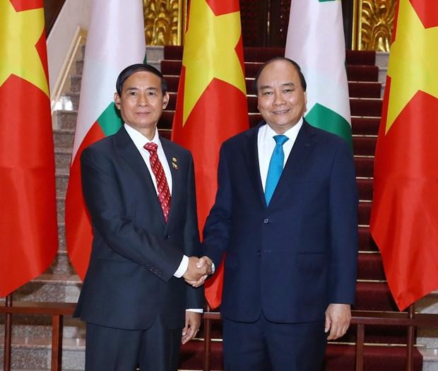 越南政府和国会领导人会见缅甸总统吴温敏 hinh anh 1