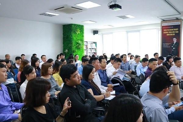 提高中小型企业的管理与经营能力 助推经济增长 hinh anh 2