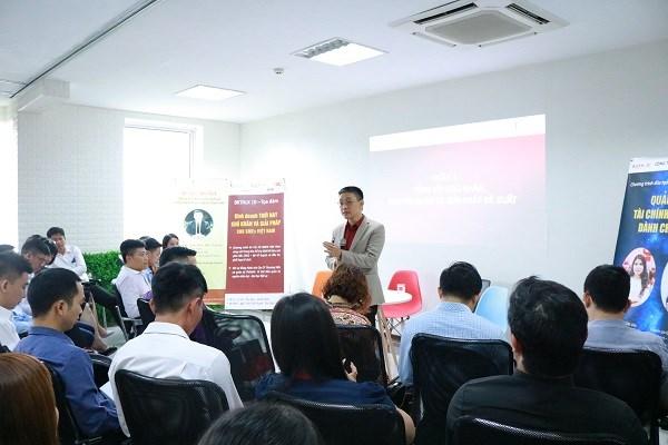提高中小型企业的管理与经营能力 助推经济增长 hinh anh 1
