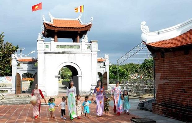 2019年联合国卫塞节:越南寺庙图片展展出越南寺庙建筑之美 hinh anh 1