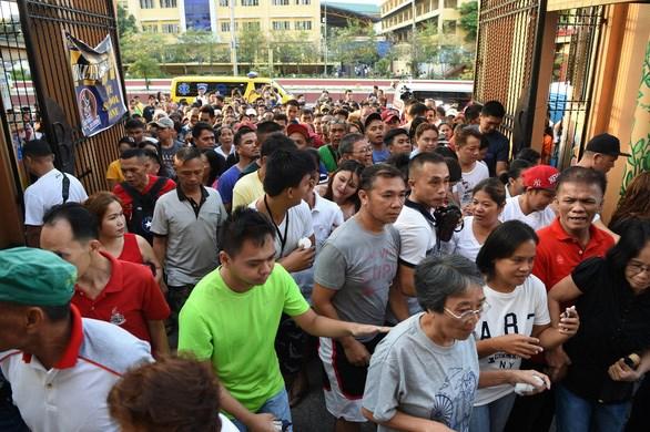 菲律宾中期选举投票举行 hinh anh 1