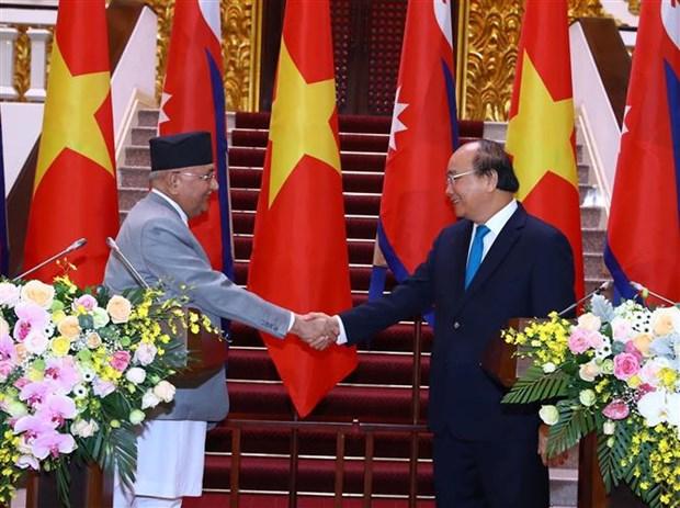 尼泊尔总理奥利圆满结束对越南进行的正式访问 hinh anh 1