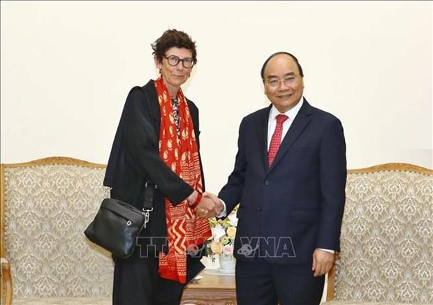 越南政府总理阮春福会见挪威驻越南大使格莱特•洛兴 hinh anh 1