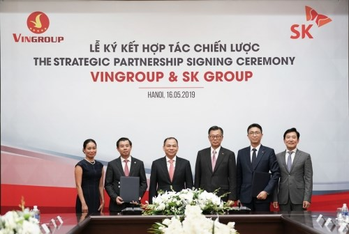 韩国SK集团对越南Vingroup投资10亿美元 hinh anh 1