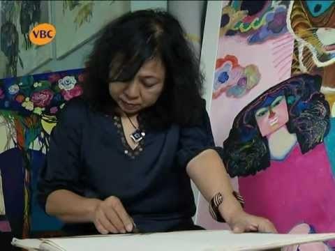 越南女画家代表团赴俄参加2019年国际女画家美术展 hinh anh 1