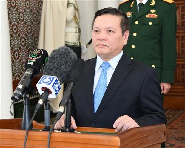 阿尔及利亚总统希望与越南促进关系 hinh anh 1