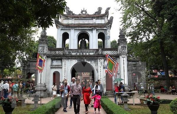 加大首都河内旅游形象推广力度 将河内打造成为越南全国的旅游中心 hinh anh 1
