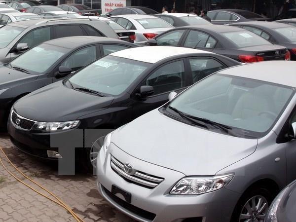 尽管企业大胆降价但汽车销量仍继续下降 hinh anh 2
