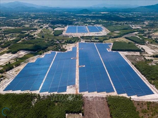 平定省第一座太阳能发电厂并入国家电网 hinh anh 2