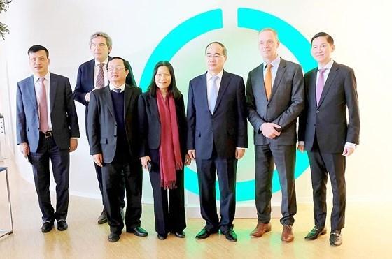 胡志明市代表团了解荷兰创新技术解决方案 hinh anh 1