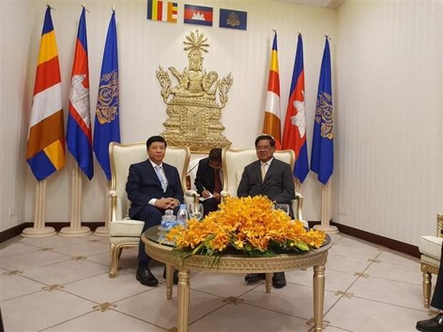 越南跨部门工作代表团访问柬埔寨 hinh anh 1