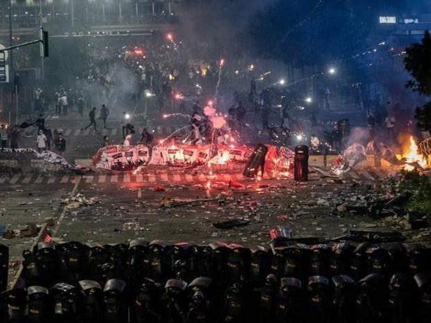 印尼公布大选结果引发骚乱 严重影响到经营活动 hinh anh 1