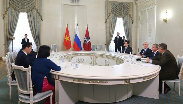 河内与莫斯科加强多方面合作 hinh anh 1