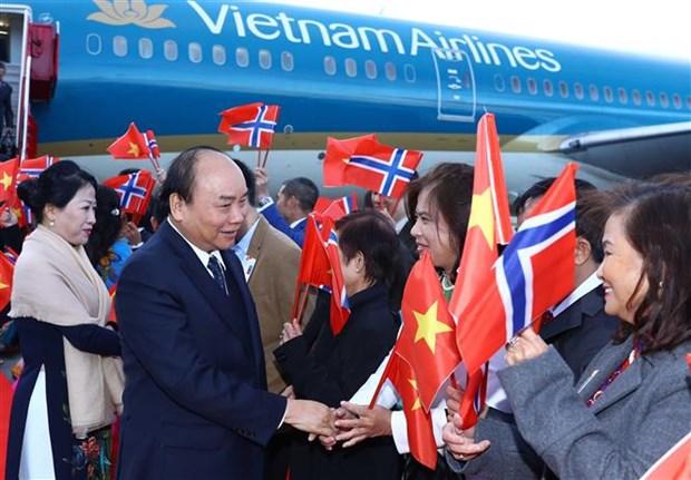 政府总理阮春福赴奥斯陆 开始挪威访问之行 hinh anh 3