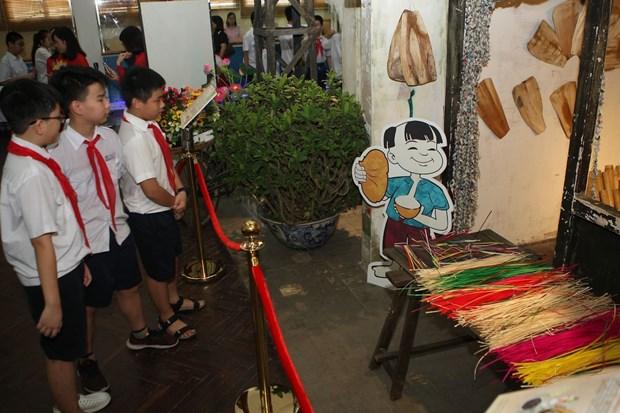 许多传统文化活动在升龙皇城举行 hinh anh 1