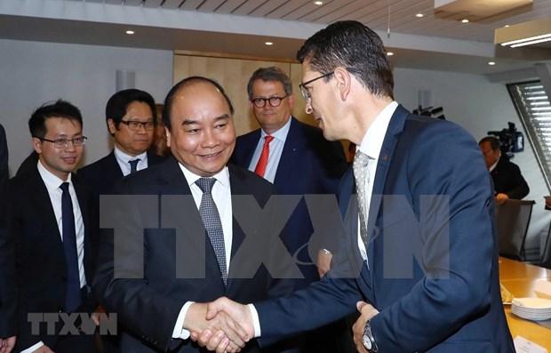越南政府总理阮春福会见挪威领先集团代表 hinh anh 2
