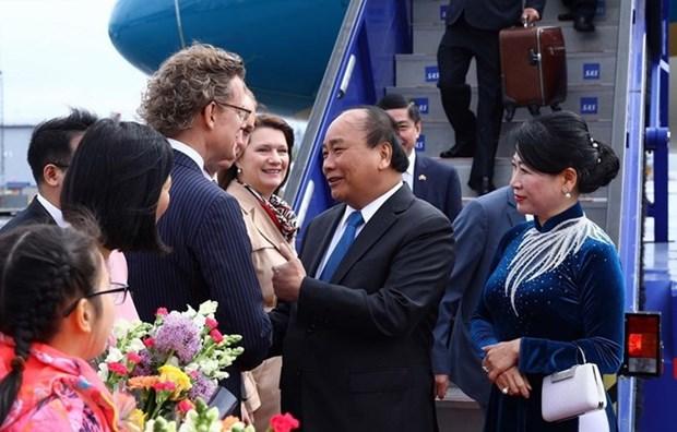 越南政府总理阮春福开始对瑞典王国进行正式访问 hinh anh 1
