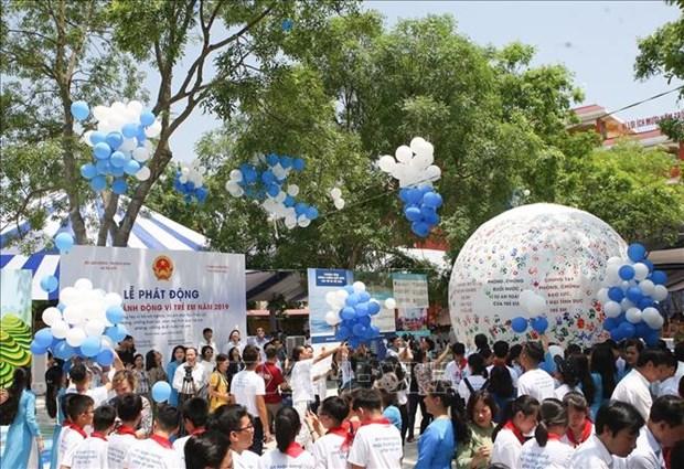 越南政府副总理武德儋出席2019年儿童行动月启动仪式 hinh anh 1