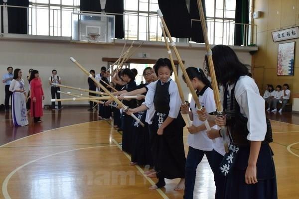 越南少年代表团即将对日本进行友好访问 hinh anh 1