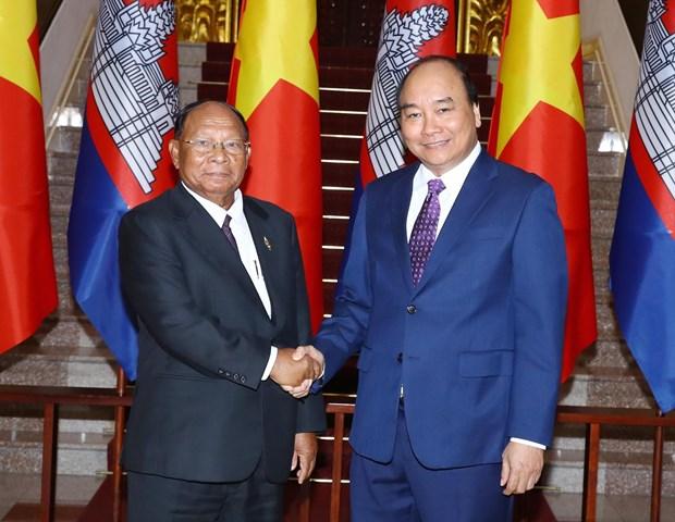 政府总理阮春福会见柬埔寨王国国会主席韩桑林 hinh anh 1