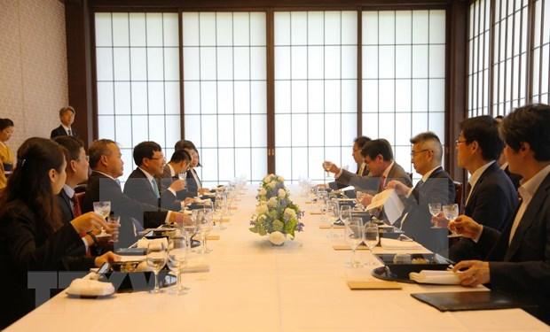 越日一致同意强化经济体互联互通 hinh anh 2