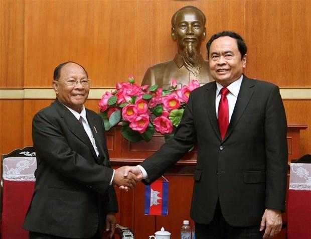 进一步加强越柬传统友谊与睦邻友好关系 hinh anh 1