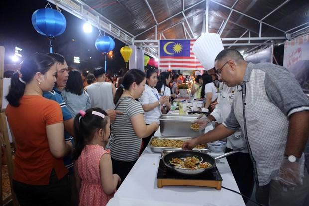 世界各国美食亮相2019年岘港市国际饮食节 hinh anh 2
