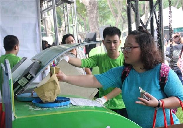 胡志明市加大对塑料垃圾污染的防控力度 hinh anh 2