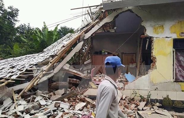 印尼北苏门答腊岛发生6级地震 hinh anh 1