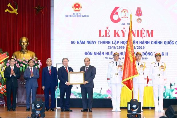 越南政府总理阮春福出席国家行政学院成立60周年纪念典礼 hinh anh 1